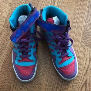 Addis sneakers